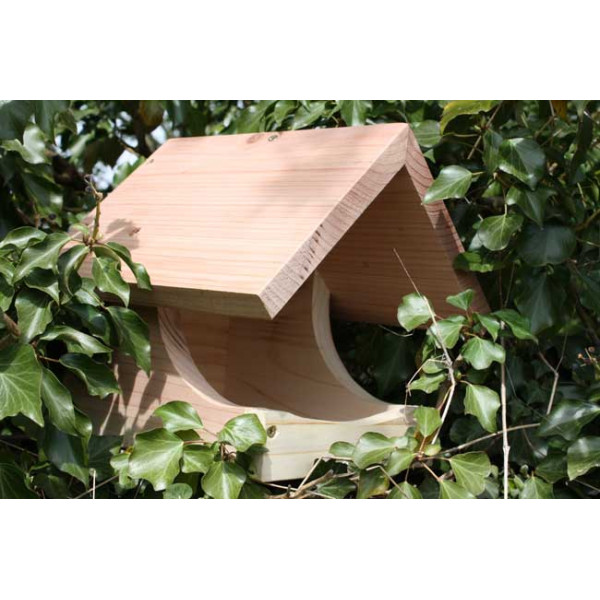 Blackbird nest box Wild Bird Nest Boxes British Bird Food - UK wild bird food suppliers, bird seed and garden wildlife